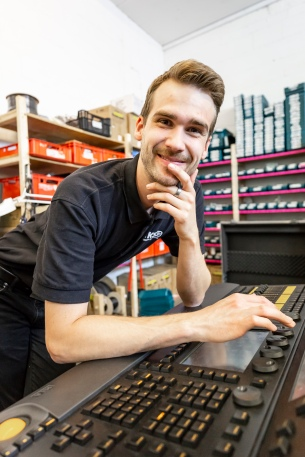 Tilman Giesbert-Werkstattleiter/Projektleiter